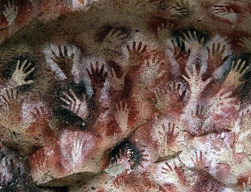 Hands-at-the-Cuevas-de-las-Manos-upon-Río-Pinturas-near-the-town-of-Perito-Moreno-in-Santa-Cruz-Province-Argentina.-Photographer-Mariano-500x382.jpg